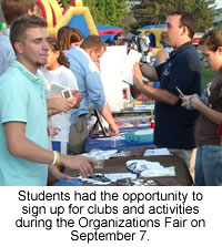 Students sign up for activities at the Organizations Fair.