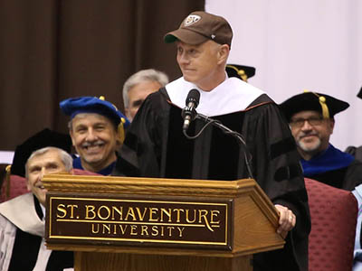 Dan Barry speaking at Commencement in 2016