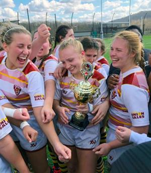 St. Bonaventure University women's rugby players